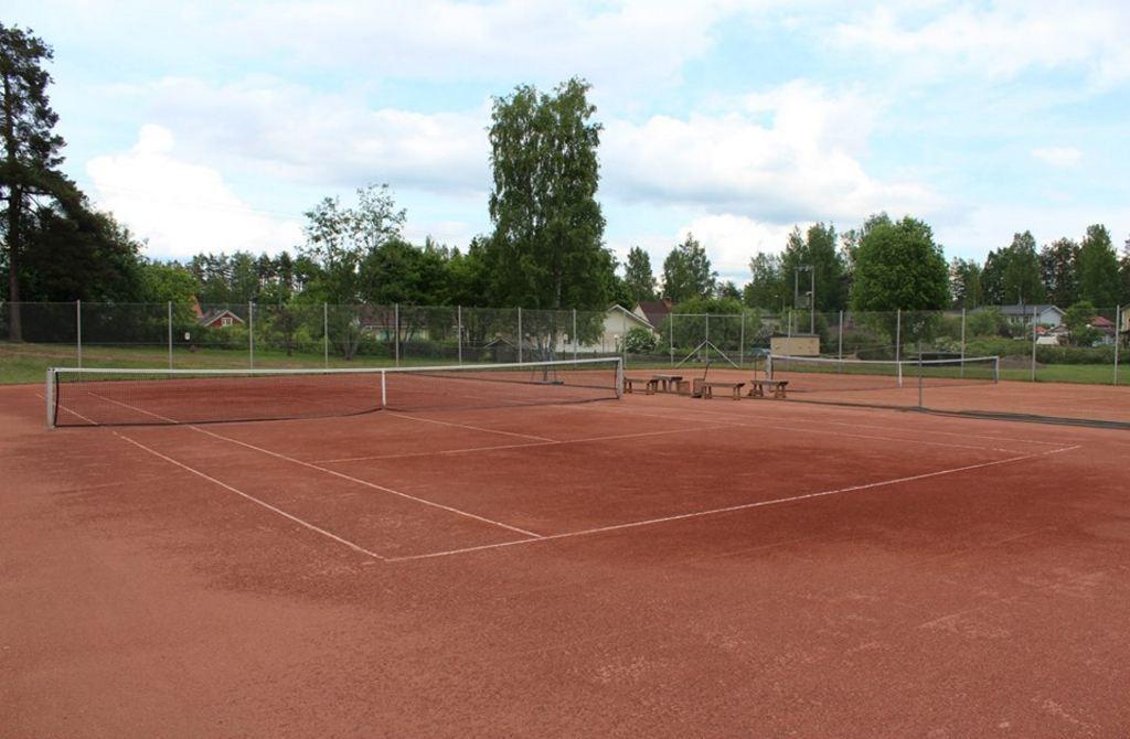 Теннисный корт Париккала